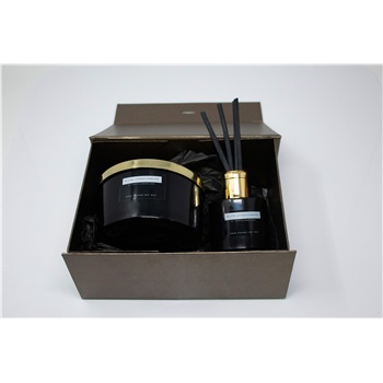 3 Wick Candle and Diffuser Gift Set in Box